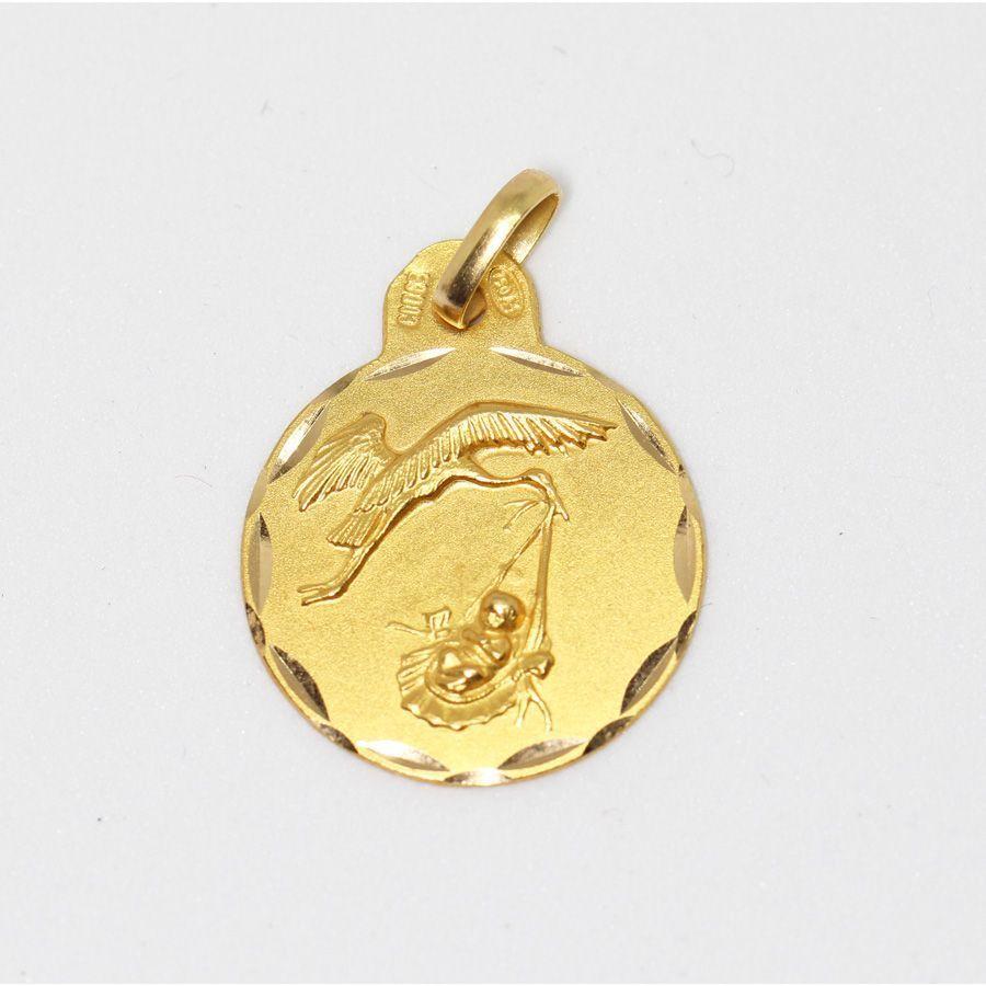 Medalla colgante oro